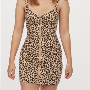 H&M twill dress 8 leopard